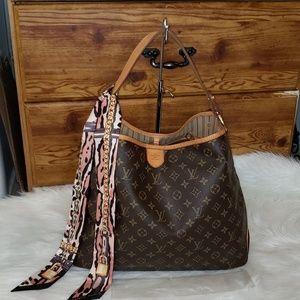 🛍🍀Gorgeous🍀🛍 Louis Vuitton Delightful MM